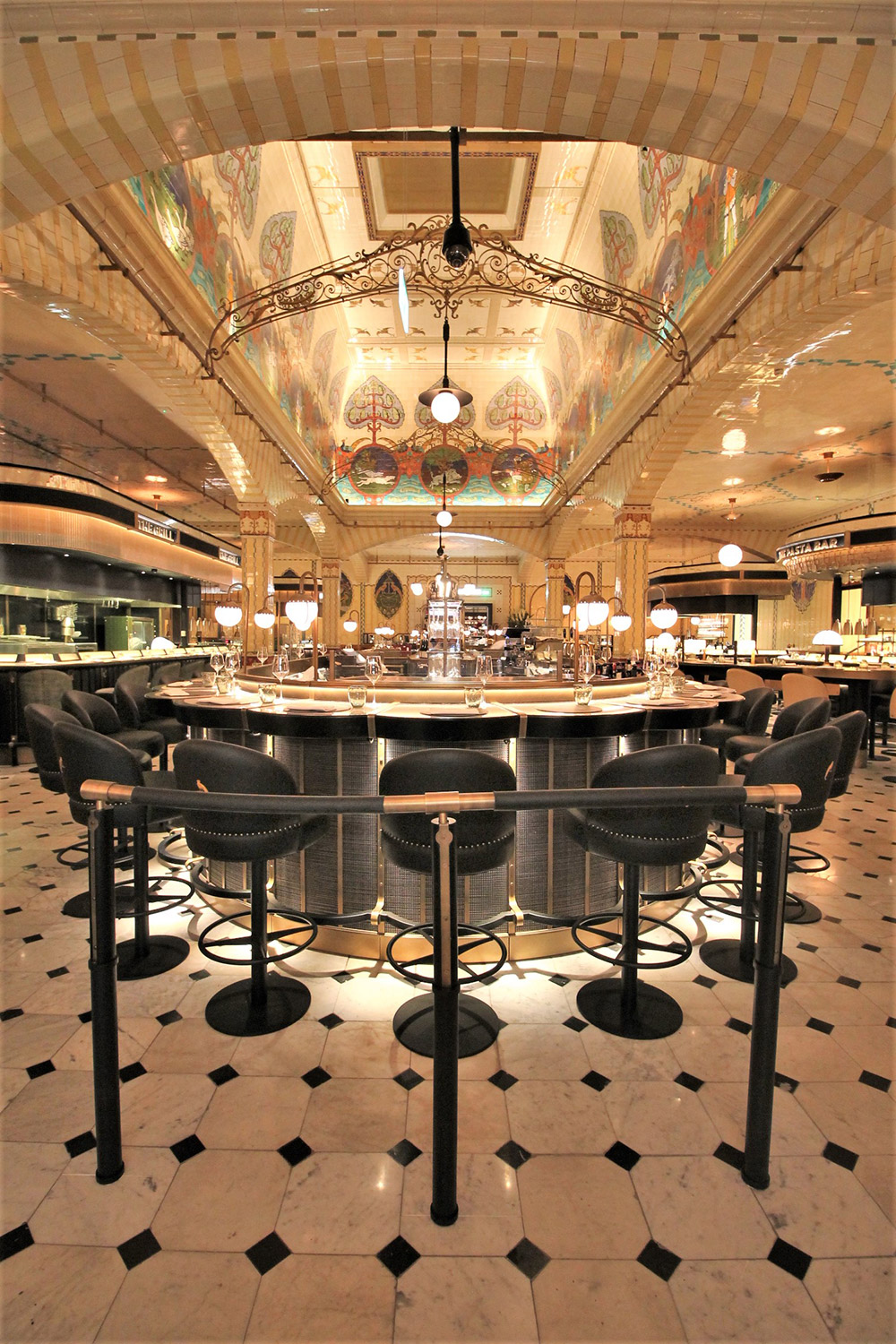 Harrods-Dining-Hall